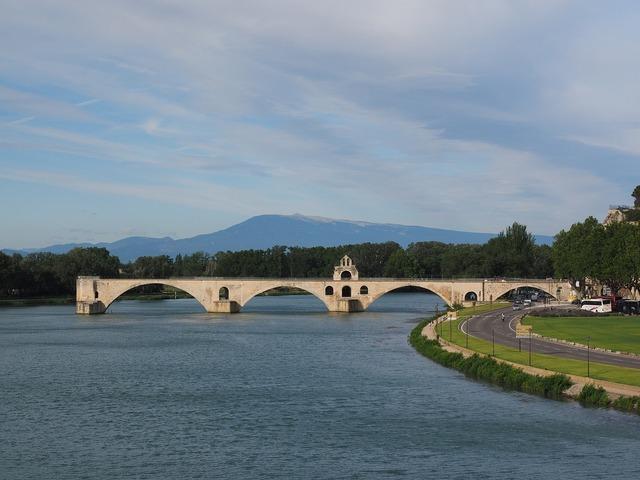 Pont saint bénézet pont d'avignon ventoux, nature landscapes.