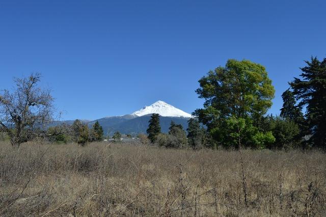 Popocatepetl volcano volcano vulcan, nature landscapes.