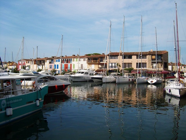 Port grimaud boat channel.