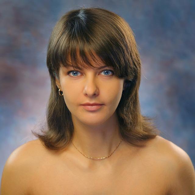 Portrait female sight.