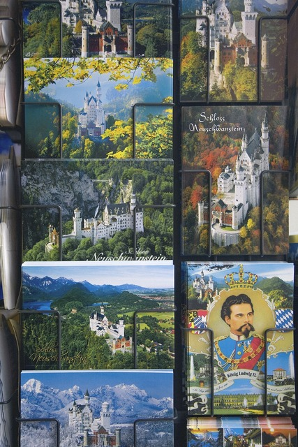Postcards souvenir castle, architecture buildings.