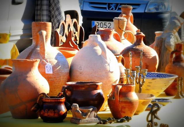 Pottery flea market spain.