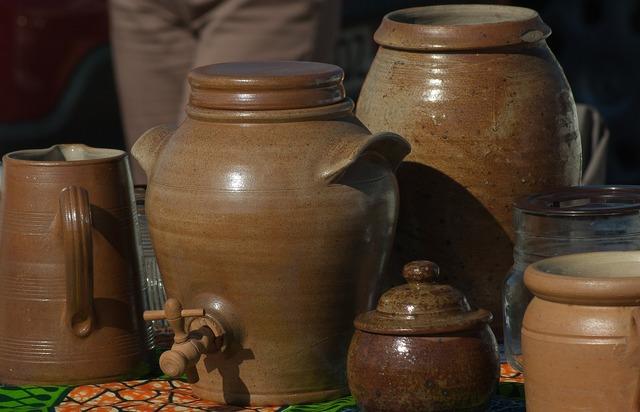 Pottery flea market terracotta.