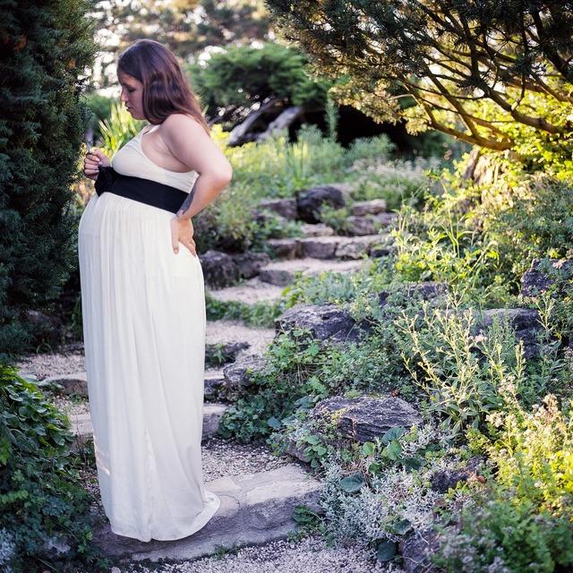 Pregnant garden summer, beauty fashion.