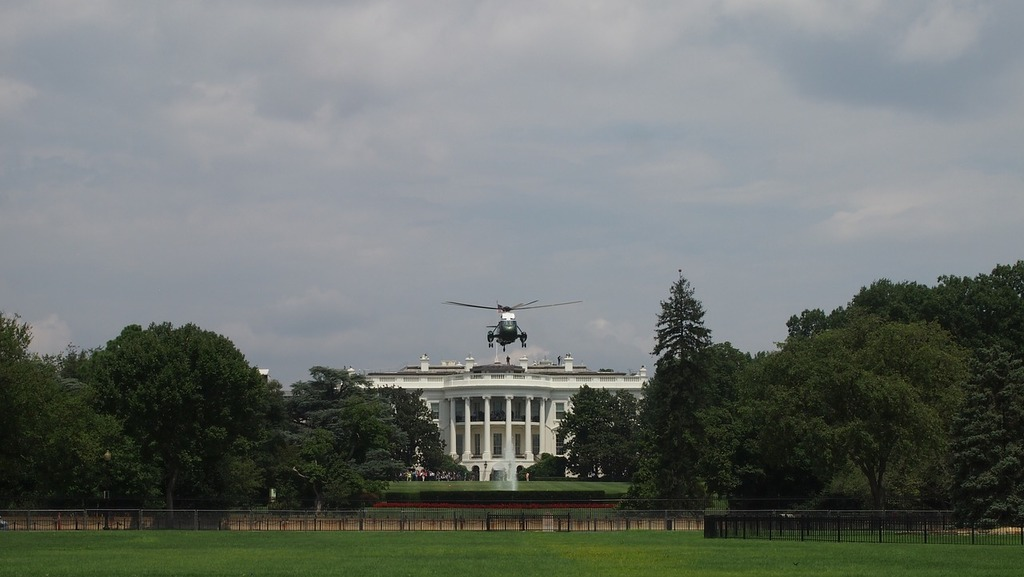 President helicopter white house.