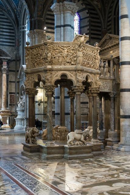 Pulpit lion dom, architecture buildings.
