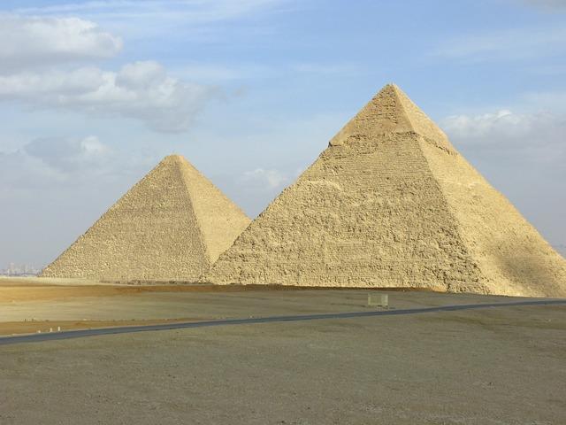 Pyramid pyramids egypt.