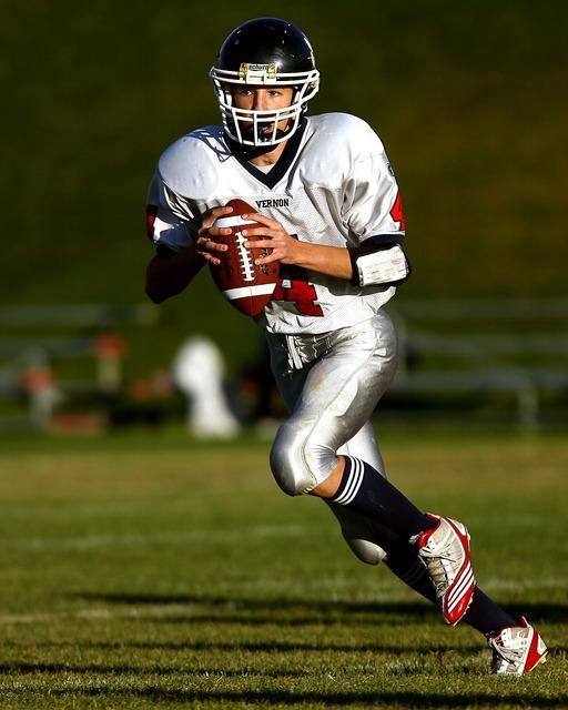 Quarterback american football football player, sports.