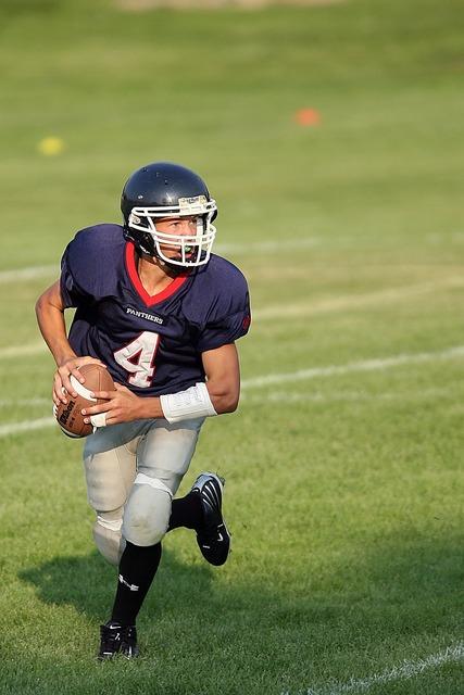 Quarterback football passer, sports.