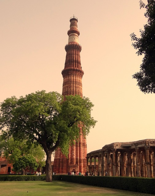 Qutb minar qutub minar qutab, architecture buildings.