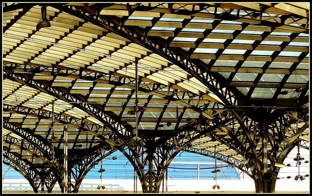Railway station station roof roof, architecture buildings.