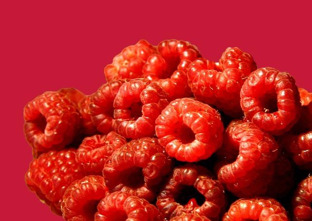 Raspberry raspberry cake raspberries, food drink.
