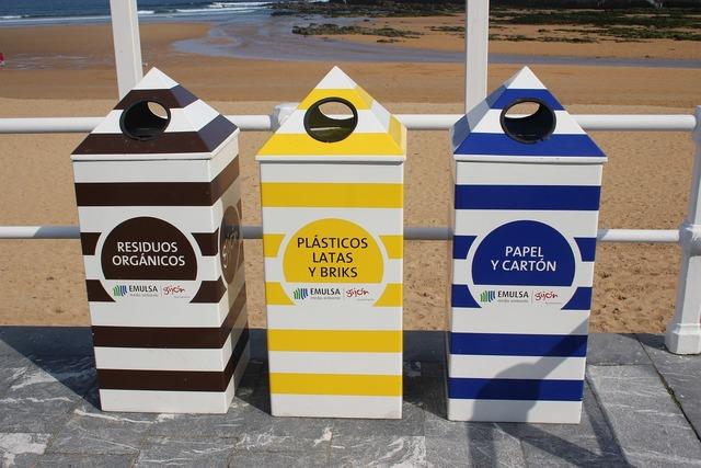 Recycling bin spain.