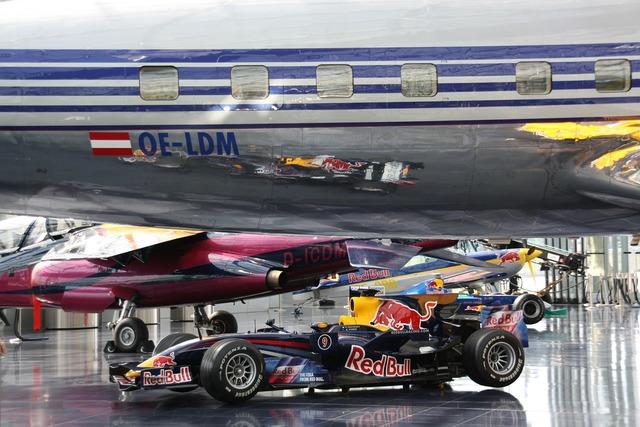 Red bull formula 1 racing car.