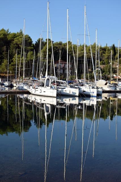 Reflection summer boat.