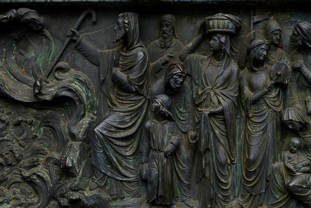Relief image historically, religion.