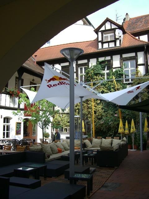 Restaurant truss courtyard, architecture buildings.