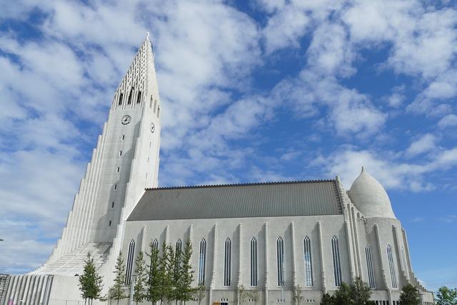 Reykjavik church hallgrímskirkja, religion.