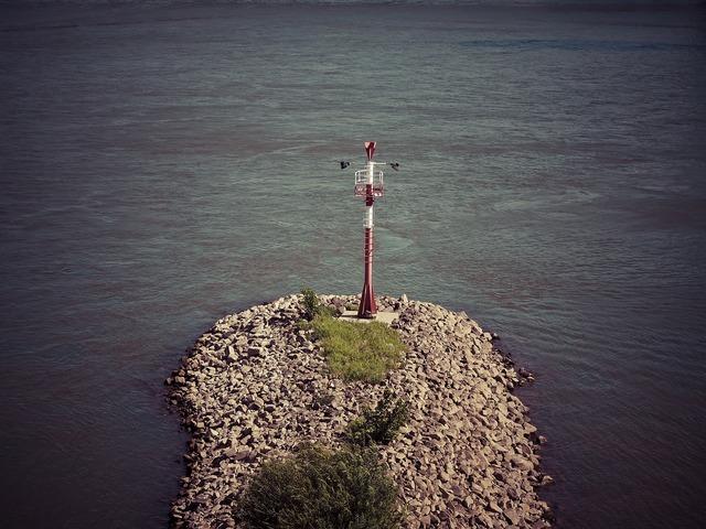 Rhine mark water levels.