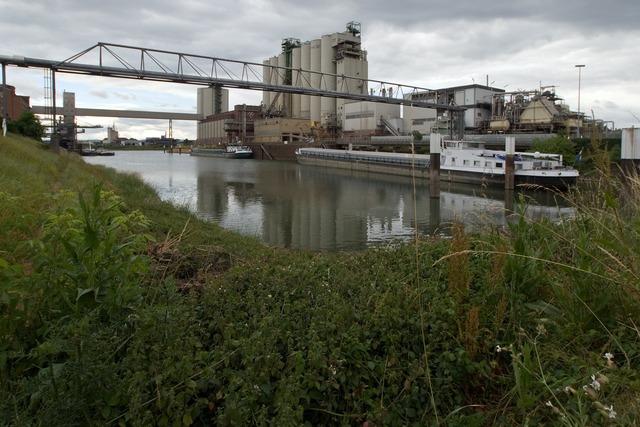 Rhine old rhine rhine river, industry craft.