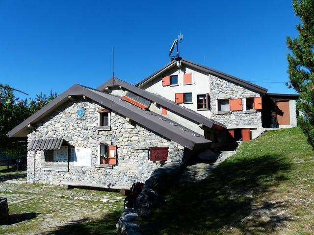 Rifugio mongioie mountain hut cai, architecture buildings.