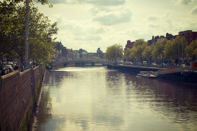 River liffey dublin ireland, architecture buildings.