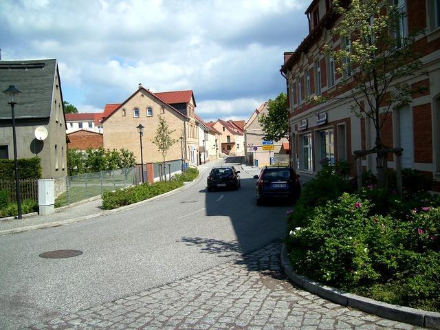 Road asphalt road homes, transportation traffic.