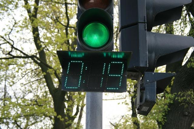 Robot light green, transportation traffic.