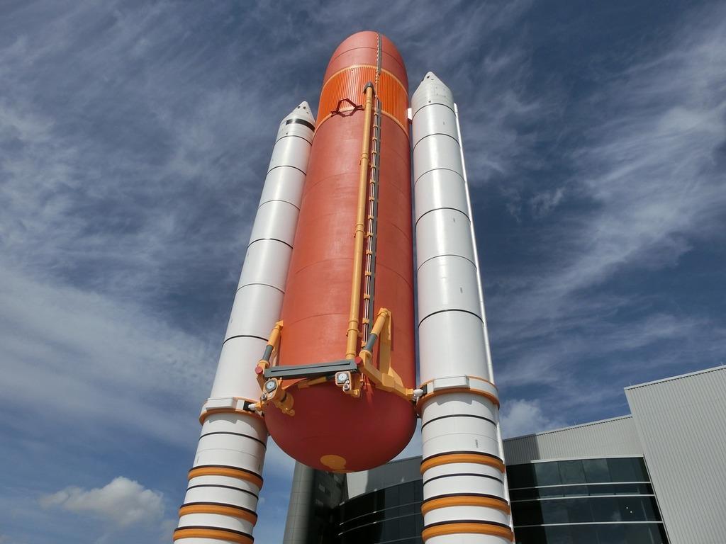 Rocket fuel tanks usa, science technology.