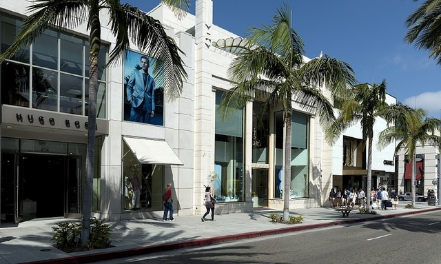 Rodeo drive shopping beverly hills, transportation traffic.