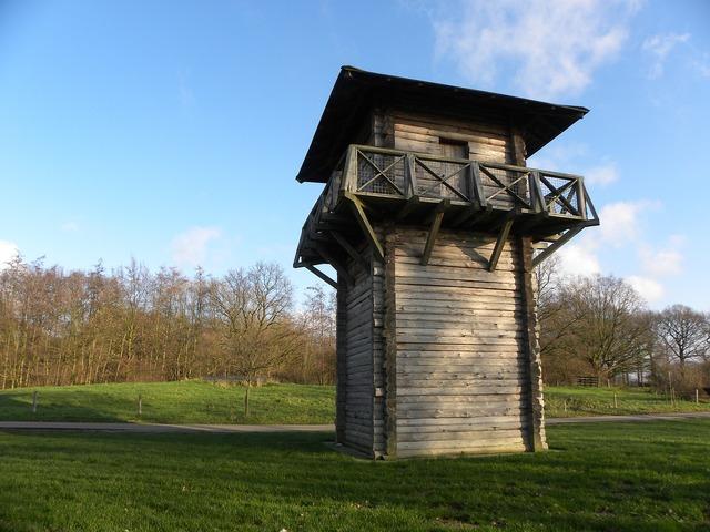 Romans watchtower fighting.
