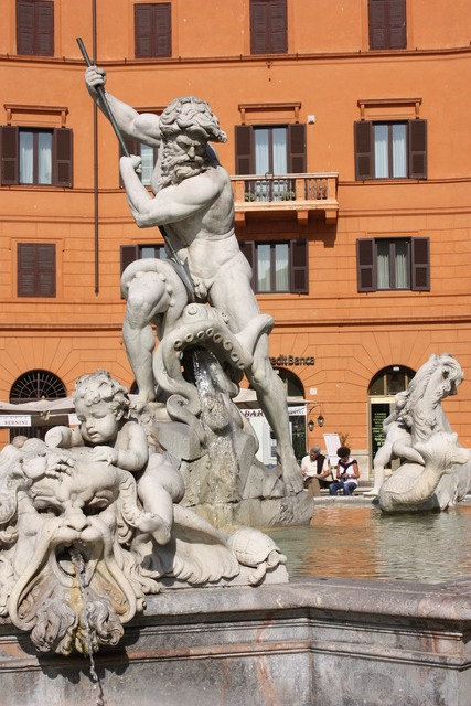 Rome piazza navona statue.