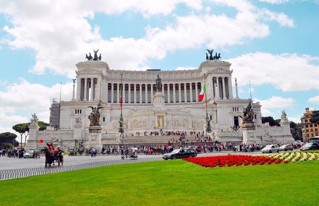 Rome roma victor emmanuel monument.