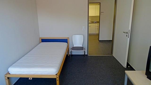 Room space bedroom.