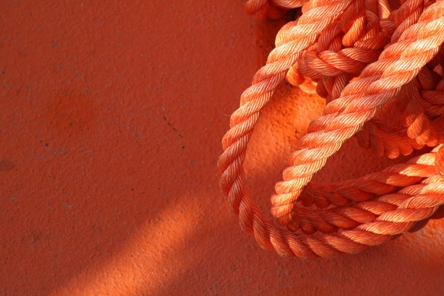 Rope boat color.
