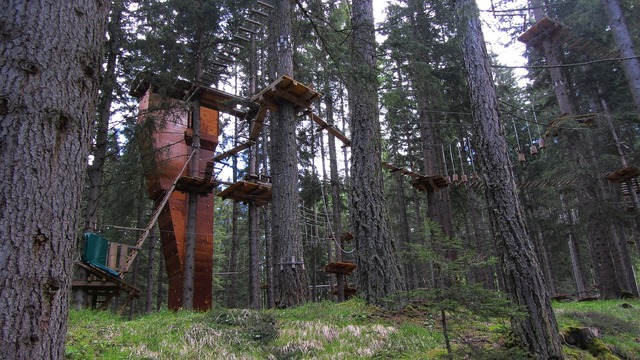 Ropes course course images italy.