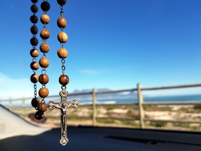 Rosary table mountain catholic, transportation traffic.