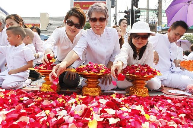 Rose petals thai thailand, religion.