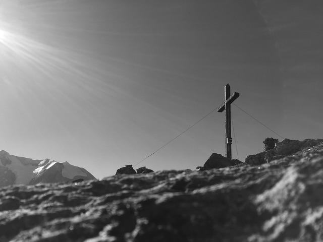 Rotbachlspitz mountains summit.