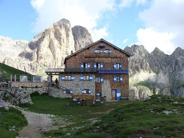 Rotwandhütte alpine hut mountain hut, architecture buildings.