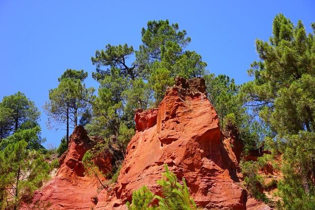 Roussillon ocher rocks rock.