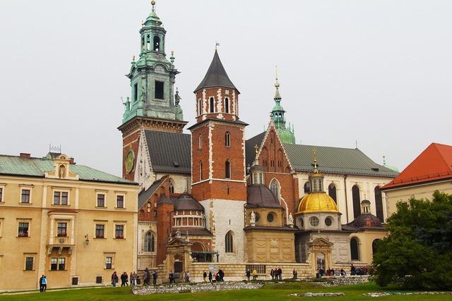 Royal cathedral wawel royal castle.