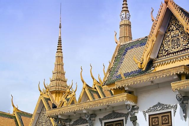 Royal palace phnom penh cambodia, architecture buildings.