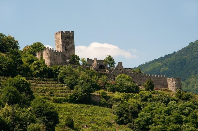 Ruin castle wachau, architecture buildings.
