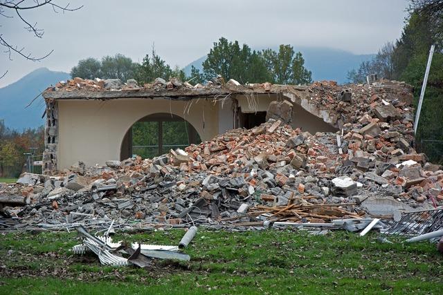 Ruin crash broken, architecture buildings.