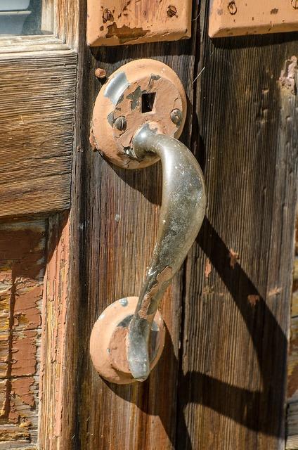 Rustic door handle old door handle rusty, architecture buildings.
