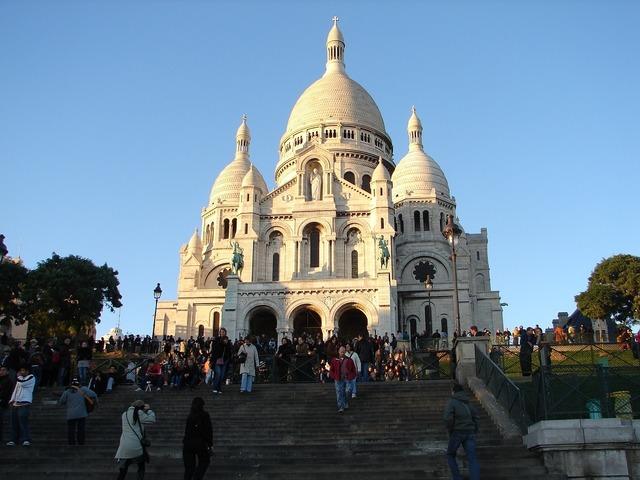 Sacre coeur montmarte paris, architecture buildings.