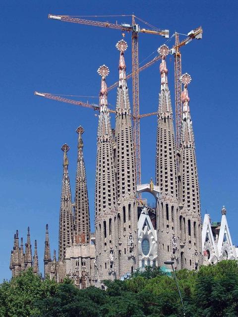Sagrada familia barcelona spain, religion.