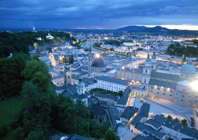 Salzburg night hohensalzburg fortress.