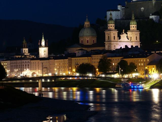 Salzburg night photograph salzach, religion.